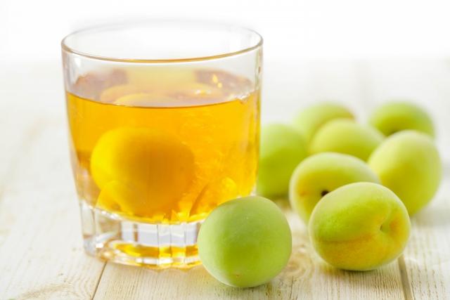 家庭で簡単♪自家製梅酒♪ご家庭で手軽に本格的な梅酒が楽しめます。ぜひ、ご家庭でしか味わえないオリジナル梅酒をつくりましょう